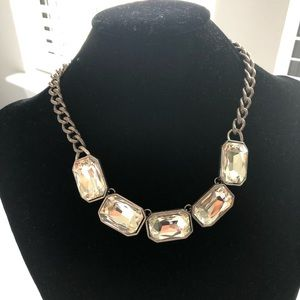 Jewelry - Gunmetal Jeweled Accent Necklace